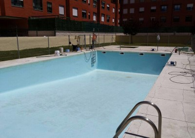 limpieza-mantenimiento-piscinas-2